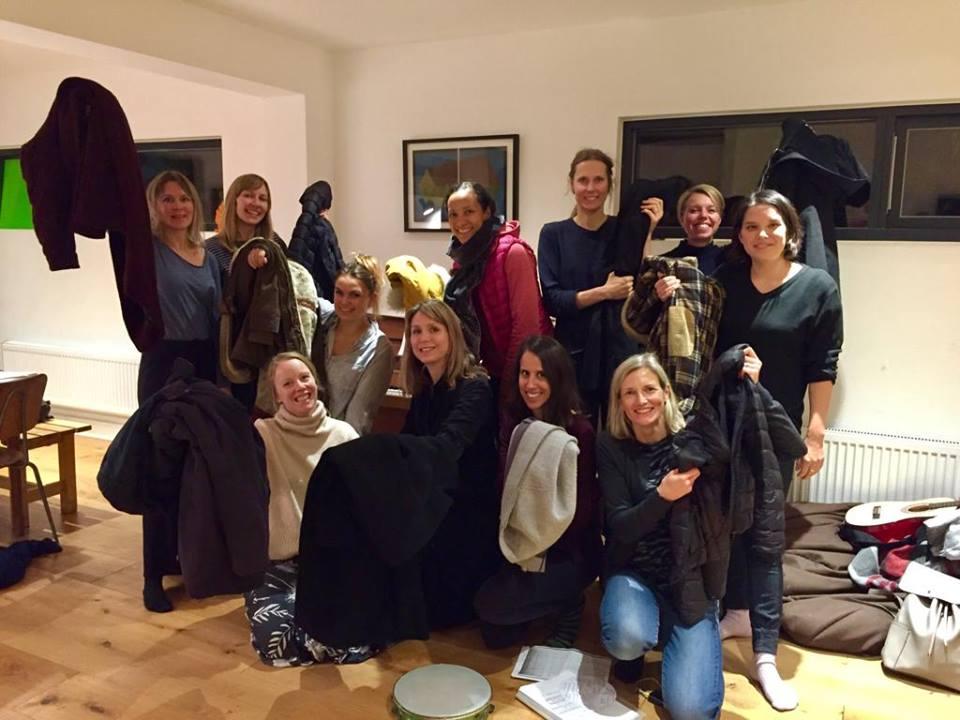 Norrsång Choir donate coats to#Coats4Calais