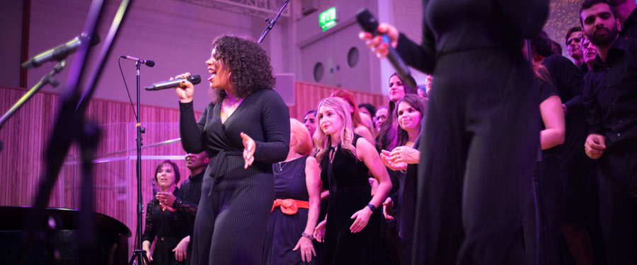 London International Gospel Choir teams up with Donate4Refugees