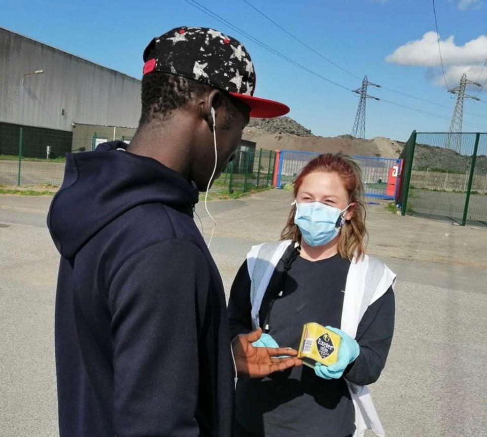 Meet Rosie, a UK volunteer braving COVID in Calais