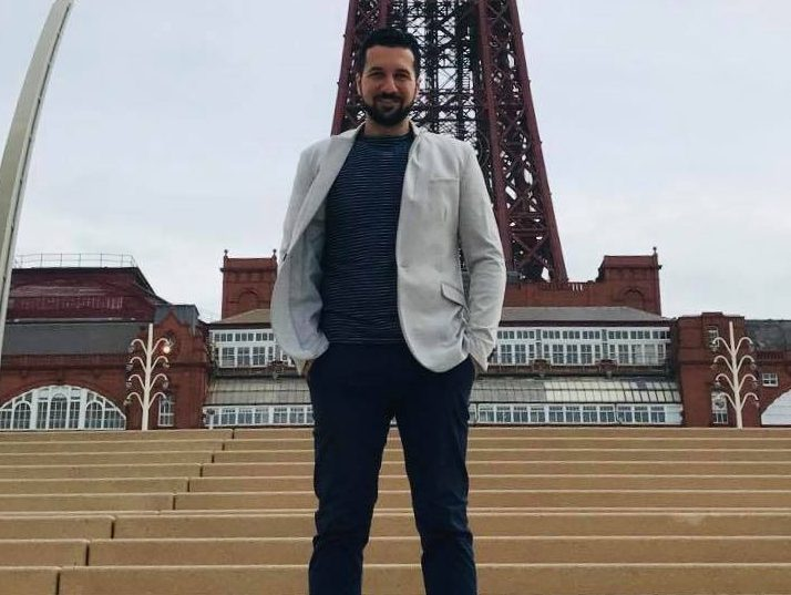 Meet Essam: from student in Syria to NHS volunteer