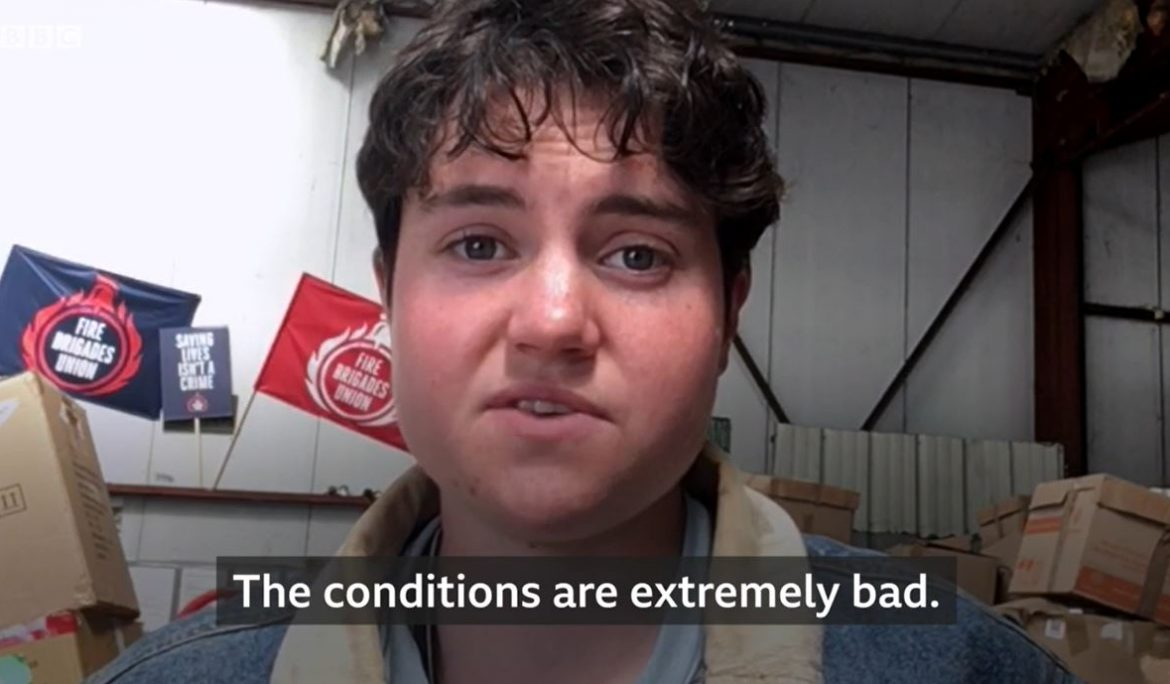 WATCH: The UK 18-year-old volunteering at Care4Calais