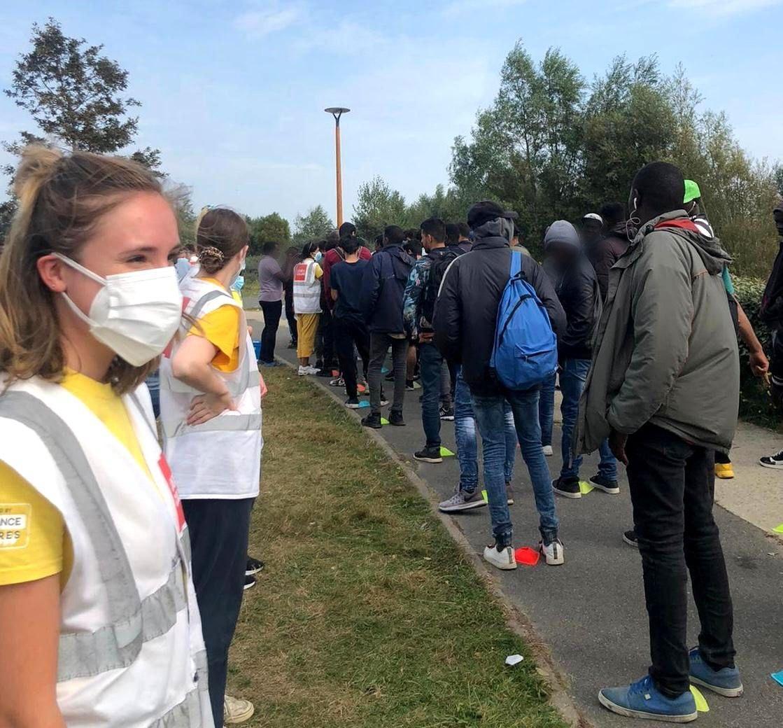 Calais awaits judgement on food distribution ban