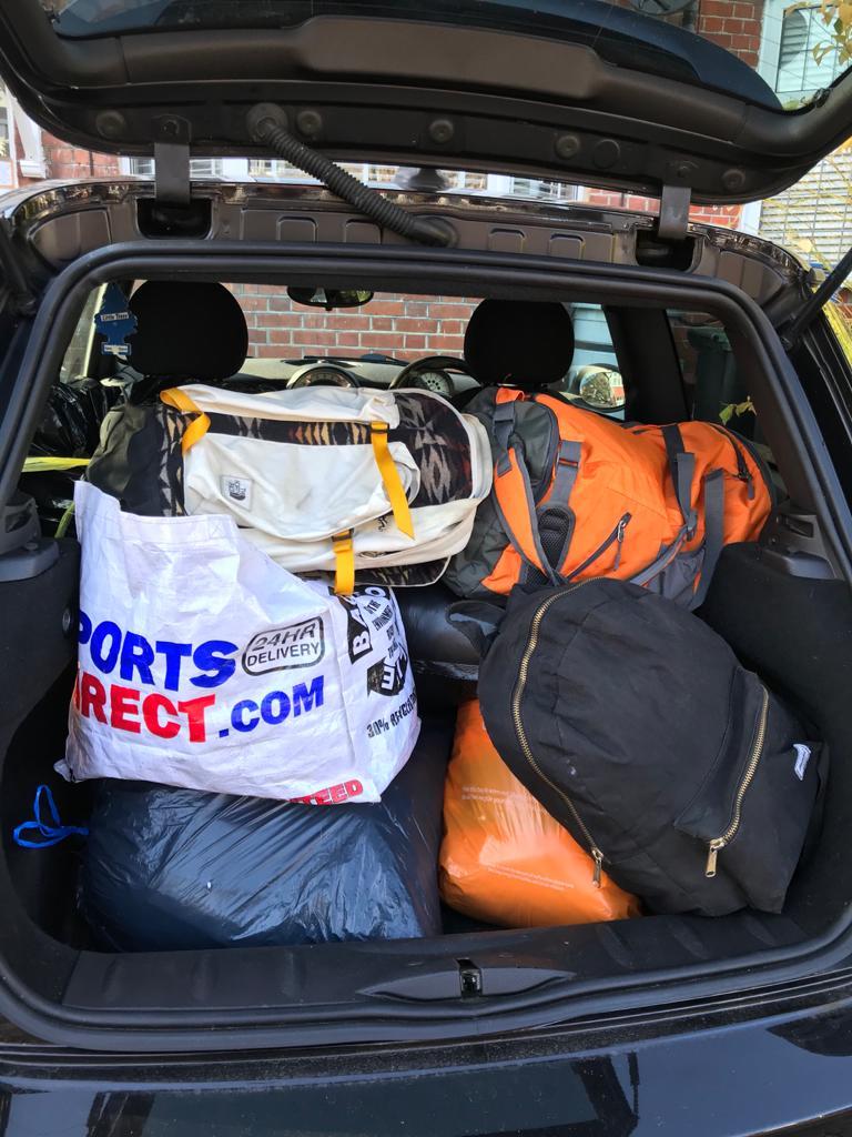 Volunteer fills van with winter clothes in 2 hours