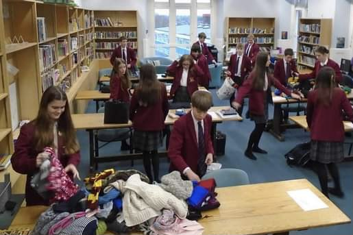 Year 9 students organise collection for snug packs distribution