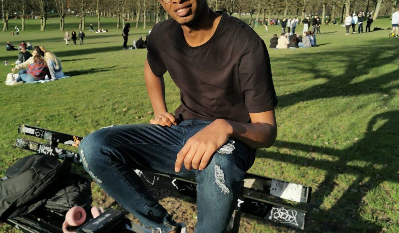 Meet Mobarak: asylum seeker & volunteer