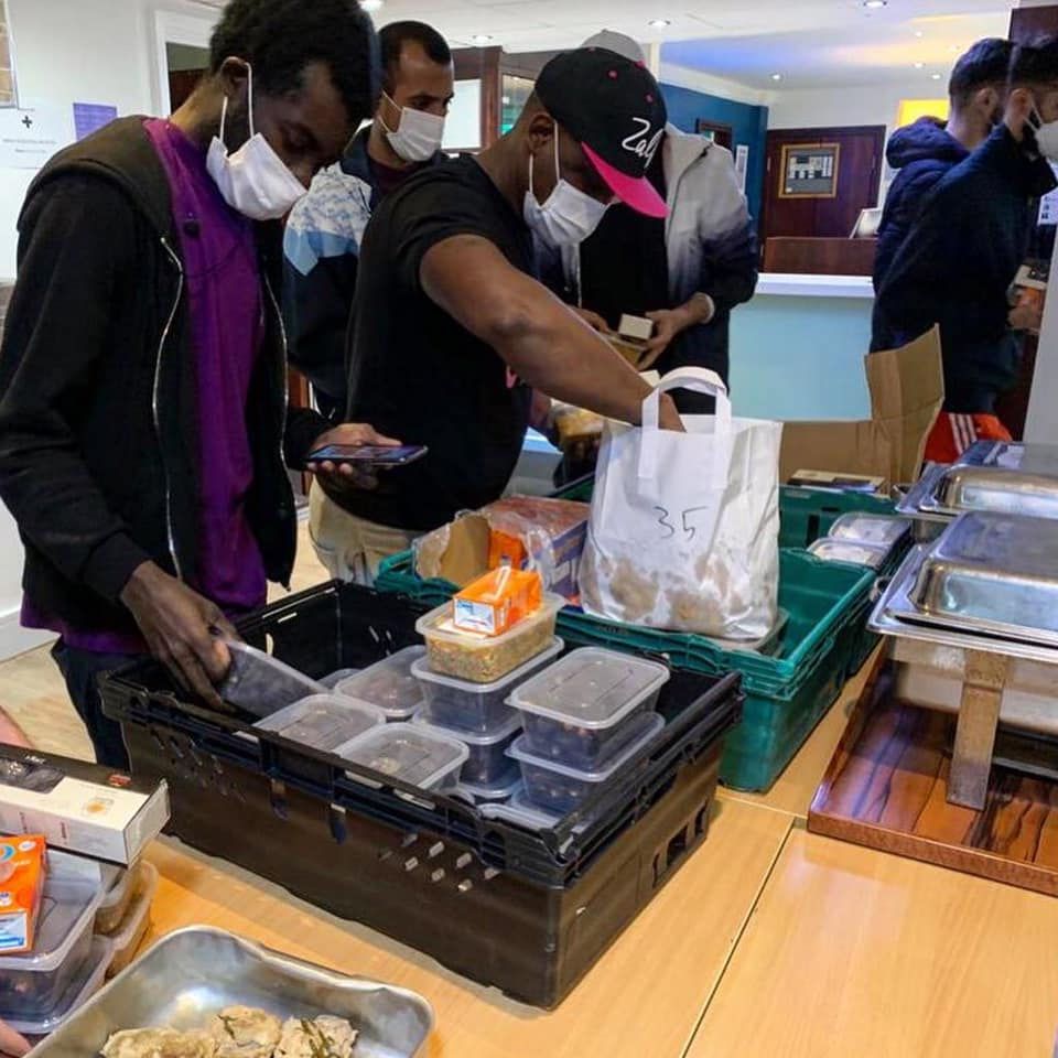 Giving a gift with hot food deliveries for Ramadan in Leeds
